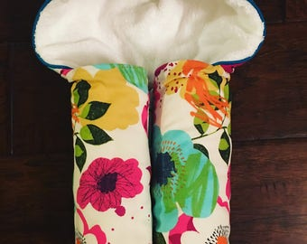 Flower Power Hooded Towel - Baby Hooded Towels - Kids Hooded Towel - Baby Bath Towel - Beach Pool Swim Towel- Baby Shower Gift- wildflower