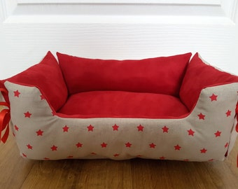 Bed for dog or cat red and beige