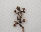 Bronze Gecko Lizard Needleminder / Copper Gecko Needleminder / Crystal Gecko