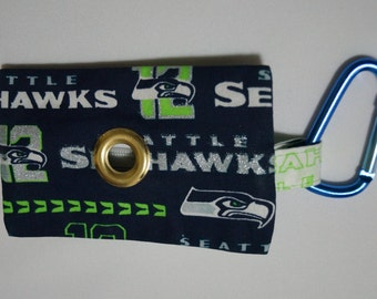 SeaHawks Zippered Dog Poop Bag Pouch- with Carabiner to Clip on Leash or Keychain, Hands-free, waste bag dispenser