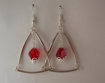 Earrings triangle bead glass