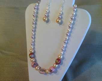 317 Beautiful Pink Porcelain Beads and Large Champagne Colored Glass Pearls Beaded Necklace