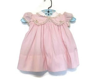 Vintage pink baby girls dress, lace and flowers, 3-6 months