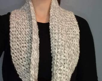 Knit Infinty Scarf - Gray and White