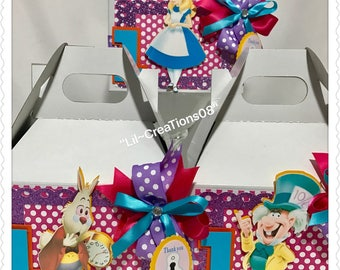 6 Alice in Wonderland Inspired Treats Boxes