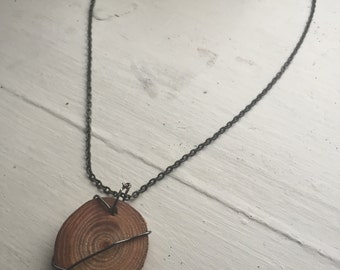 Wired Wrapped Wood Slice Necklace