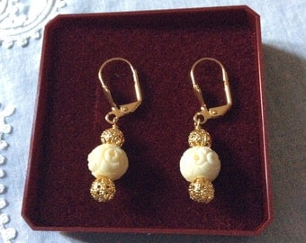 Vintage HAND CARVED BONE Earrings - Gold plated-Filigrqne - Nice Hand made