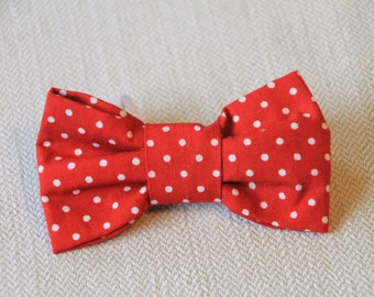Red spotty dog bow tie - small,