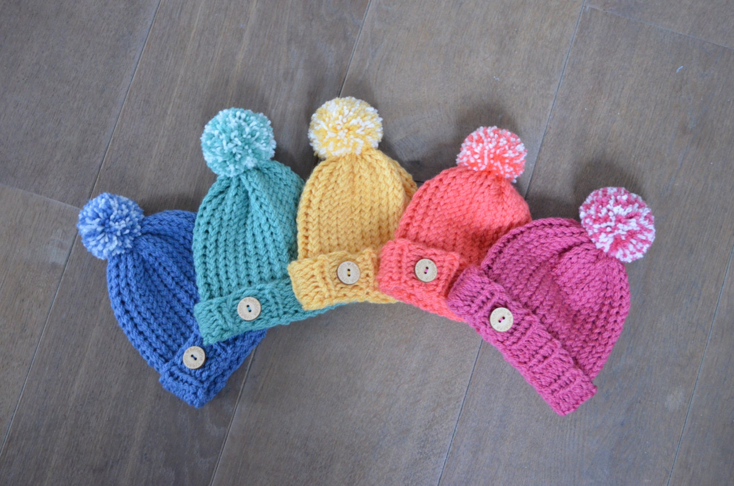 Newborn Baby Hat - Knitted baby beanie - Baby hat with pompom - Gender  reveal hat 9d9ec908940c