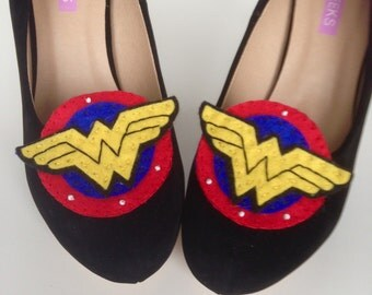 Wonder Woman Comic Book Shoe Clips perfect for Comic Weddings