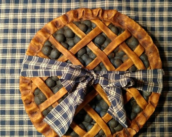 Faux berry pie