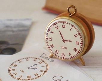 """Cute little vintage style wooden stamp """"cinq cafè"""""""