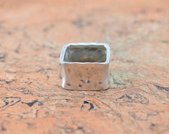 Hammered Square Band Ring Size 9 Sterling Silver 9.4g Vintage Estate