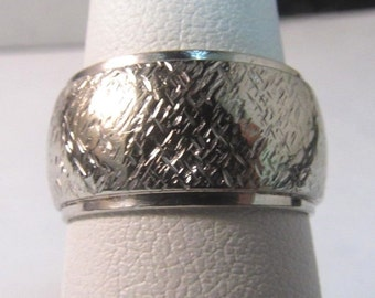 "14K Solid White Gold ""ART CARVED"" Band/Ring-Size: 6.25 #226"