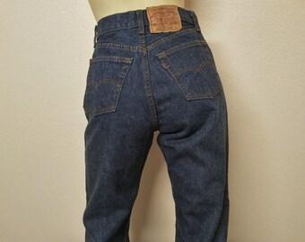 """Vintage Levi's 501  Women's Jeans 28"""" Waist"""