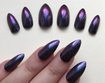 A set of hand painted false nails. Full cover. STILETTO. Chameleon Purple and Teal effect. NEW