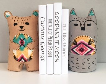 Tribal bear and wolf bookends, children's bookends, bookends, felt bookends, Bear, Wolf, Tribal decor, nursery decor, kids decor, home decor