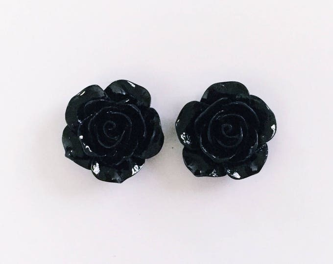 The 'Katy' Flower Earring Studs