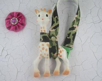 Sophie the Giraffe Leash/Toy Saver - Camo