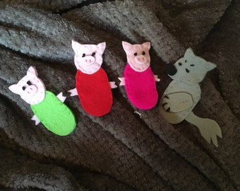 Felt finger puppets - hand made- three little pigs