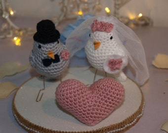 Couple of birds boyfriends ideal for weddings, cake bridal or gift