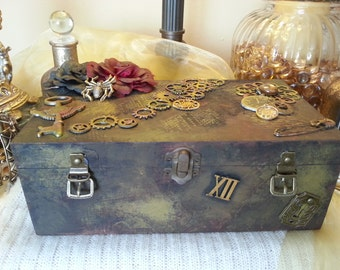 steampunk box, memory box, photo box, keys, jewellery box, trinket box, gift box