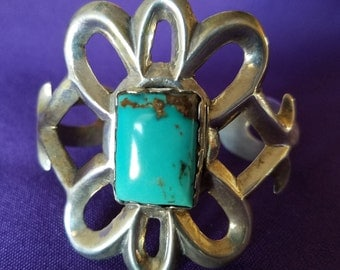 Turquoise and silver bracelet - 2105