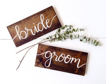 Bride and Groom chair Signs | Bride & groom sign, rustic wedding, head table signs, chair hanging signs, rustic wood signs, mr and mrs signs