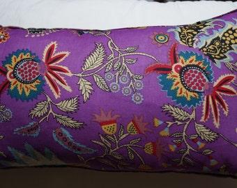 Spring series 3: cushion, 30 x 50 or 12 x 20, purple cotton, Indian floral motifs, linen.