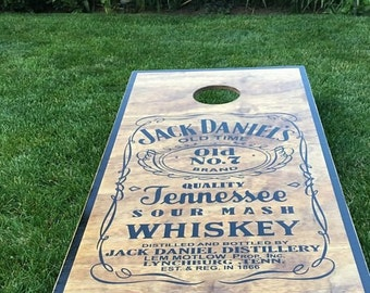 Whiskey Cornhole Set With Bags