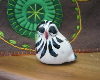 Vintage Mexican Owl Figurine Tonala style