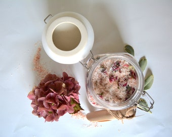 Vanilla and Rose Petal Bath Salts // Spa Products // Gifts For Her