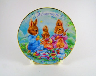 """Vintage Avon Collector's Plate, Easter 1992, """"Colorful Moments"""", Porcelain with 22K Gold Trim"""