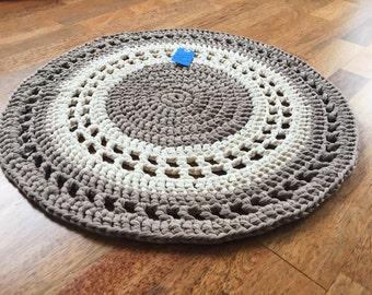 "Round crocheted rug 62cm 24.2"" sand grey beige rug, doily rug, handmade rug"