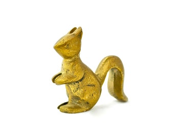 Vintage Brass Squirrel Figurine, Brass Figurine, Squirrel Figurine, Miniature Figurine, Woodland Creature, Brass Decor, Collectible