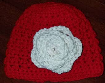 Cozy women's beanie hat with detachable rose