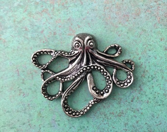 Qty1 Octopus Pendant, Charm, Antique Silver, Silver Plated