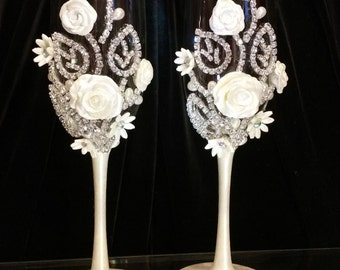 Wedding Champagne Glasses,Toasting Flutes, Glass Crystal Rhinestone, Bride&Groom