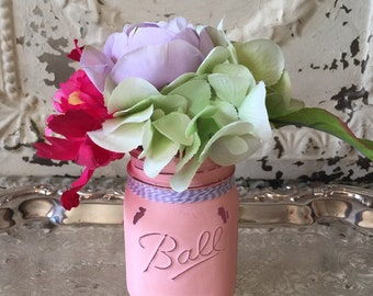 Mason Jar Decor, Floral Arrangement, Shabby Chic Decor, Painted Mason Jars, silk flower centerpiece, Spring Decor, Wedding Decor