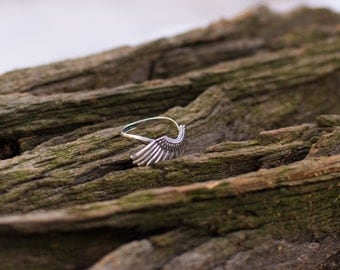 Wing Ring Free Shipping Sterling Silver Ring Handcrafted Jewelry, Weight 2.77g.