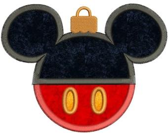 Mickey Mouse Christmas Applique Design