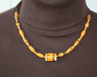 Paper beads chain
