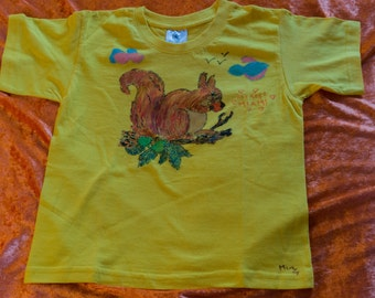 Kids T-Shirt pattern designed by hand, curious, pet squirrel 5/6 years
