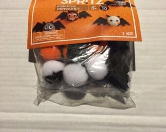 Spritz Pom Pom Critter Kit