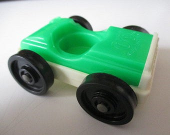 Vintage 1970's Fisher Price Little People Car - Green and White with 1 Seat