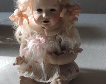 "Little Angel ""Marei"", fine Biquit porcelain, according to an old model, not a miniature!"