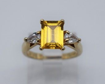 14K Yellow Gold Beautiful Lady Ring with Yellow & White Gemstones #1163