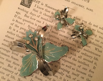 SALE! Vintage turquoise orchid brooch and clip-on earrings signed Triad (A108)