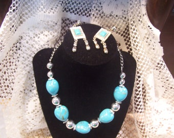 Faux Turquoise Nugget and Bead Necklace and Earring Set