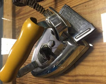 American Beauty Electric Iron Model 40 AB